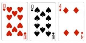 Value 4 Kombinasi dari 3 kartu dengan total jumlah kartu adalah 4